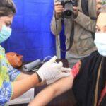 محکمہ صحت سندھ کا فرنٹ لائن ہیلتھ کیئر ورکرز کی ویکسینیشن کاہدف مکمل