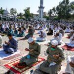 ملک بھر میں عید الفطر مذہبی عقیدت و احترام سے منائی جارہی ہے